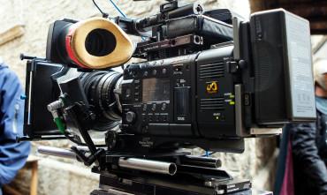 Na český trh vstupuje zavedená TV a filmová produkce, která primárně působí v Německu