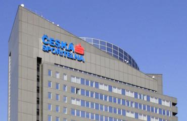 Česká spořitelna má přefinancovat desetimiliónové dluhy silného knižního hráče