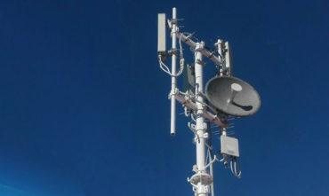 Bloky vydražených 5G kmitočtů z podzimní aukce ČTÚ přecházejí na nový subjekt