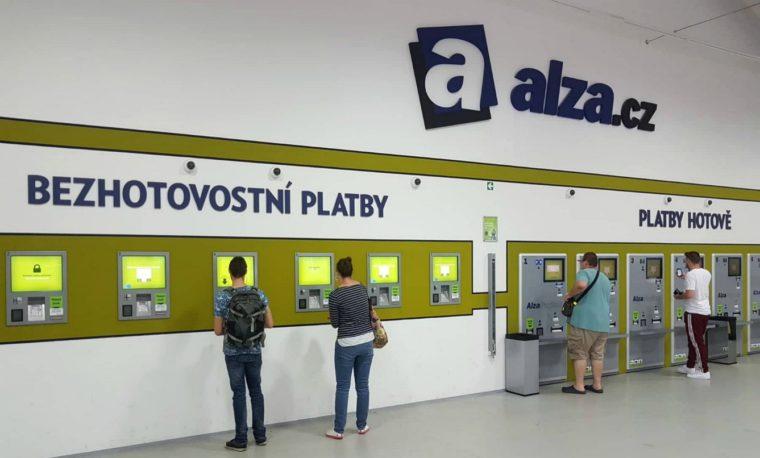 Zavoralův e-shop Alza.cz meziročně navýšil tržby o 4,4 miliardy