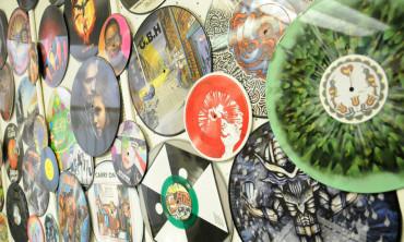 Na trhu s CD, LP a DVD se rodí nový ambiciózní hráč