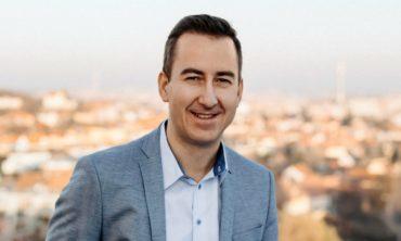 Internetový miliardář Hájek navýšil podíl ve ztrátové službě