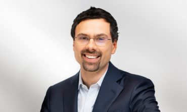 Šéf Avastu Vlček na běžícím prodeji firmy vydělává stovky milionů