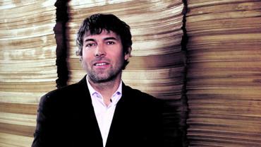 Nejbohatší Čech Petr Kellner čelí palbě ze stomilionových kanonů