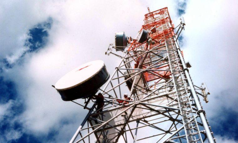 Kmitočty pro 5G sítě vydražily O2, T-Mobile nebo Vodafone, Tykač neuspěl