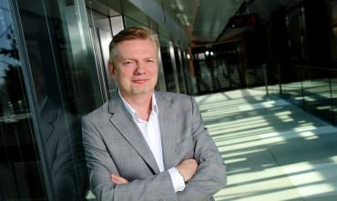 Kellnerův operátor O2 prodal menší část telekomunikačních aktiv konkurenci